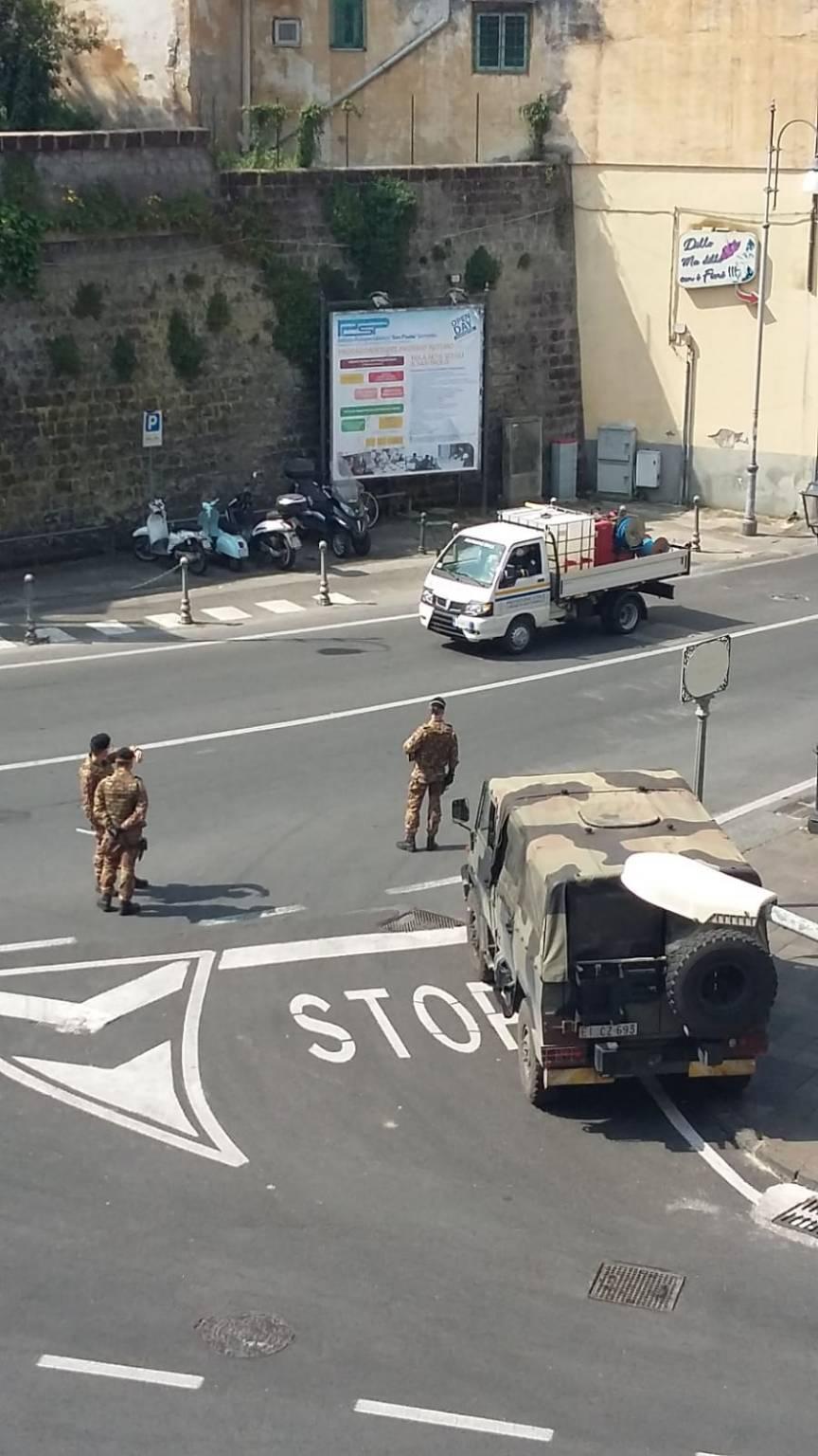 Sant'Agnello deserta, arriva anche l'esercito - FOTO