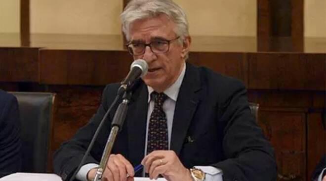 Ad Avellino cori contro Salerno: sindaco contro sindaco