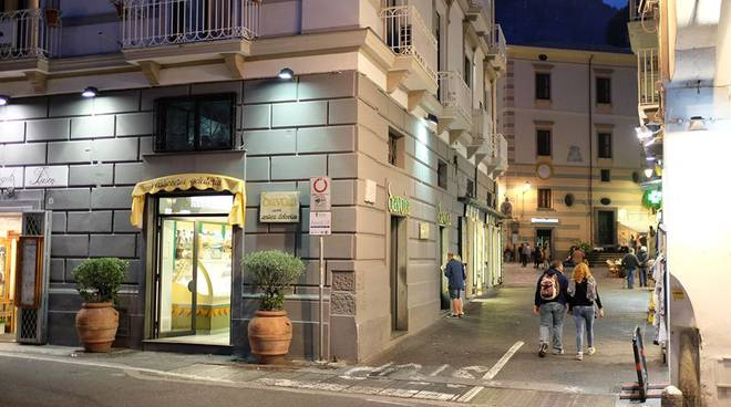 Amalfi. La Pasticceria Savoia pronta a ripartire! Da giovedì di nuovo aperti