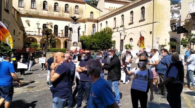 stagionali protesta amalfi