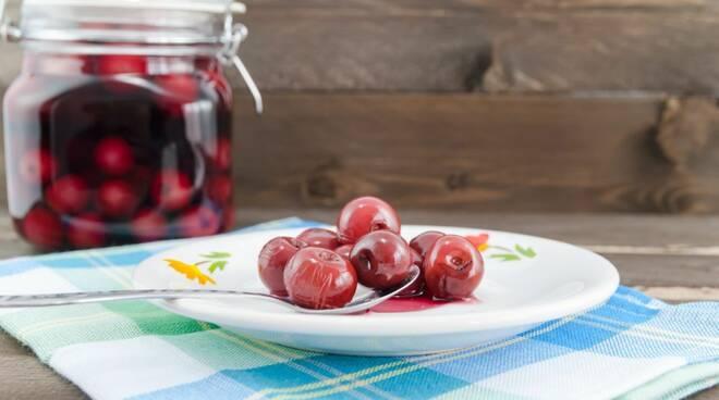 La ricetta delle ciliegie sotto spirito