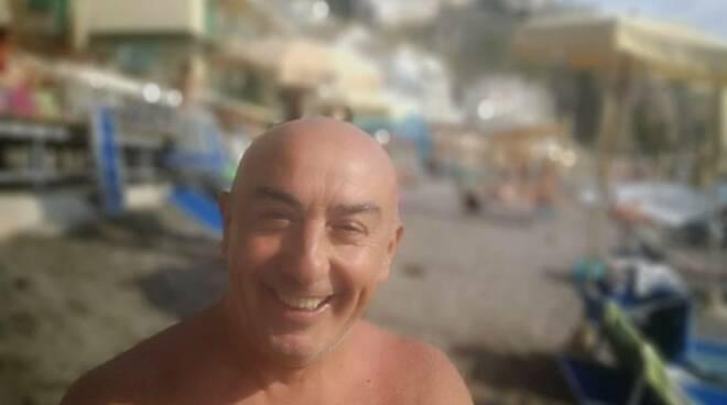 """Meta. Spiagge finalmente aperte e sicure, Peppe Locria: """"Si sta meglio di prima"""""""