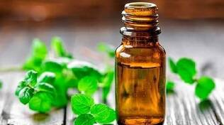 Oli essenziali per combattere le allergie