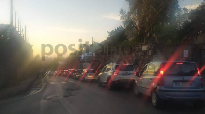 penisola sorrentina traffico meta cavone vico equense napoli