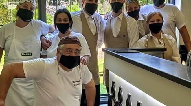 Ravello lo staff del ristorante Vittoria