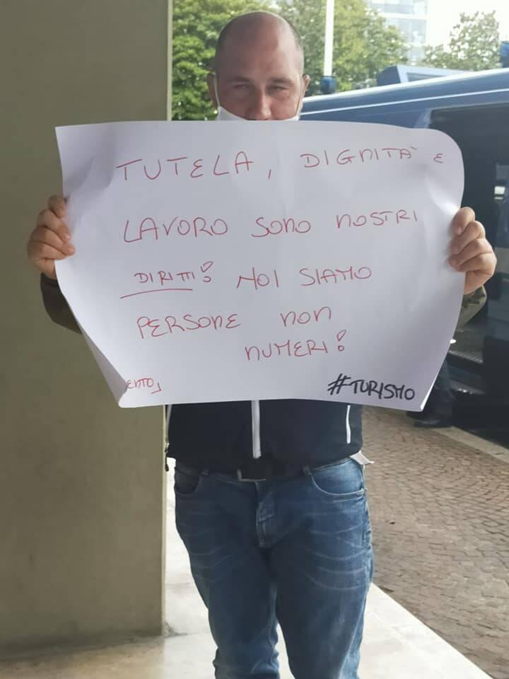 Roma protesta INPS di lavoratori stagionali di Sorrento