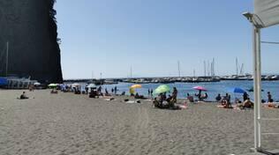 Sant'Agnello. La spiaggia di Caterina e Katari oggi, lunedì 29 giugno