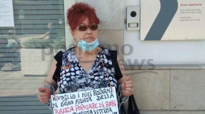 sorrento proteste azionisti banca popolare di bari