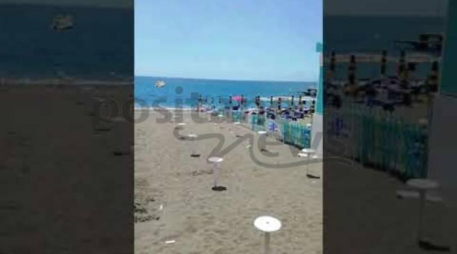 spiaggia libera maiori interdetta