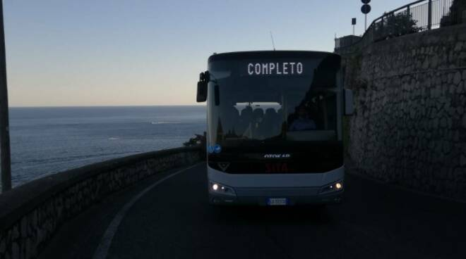 Bus Sita affollati in Costiera amalfitana, carenti i bus Amalfi- Ravello