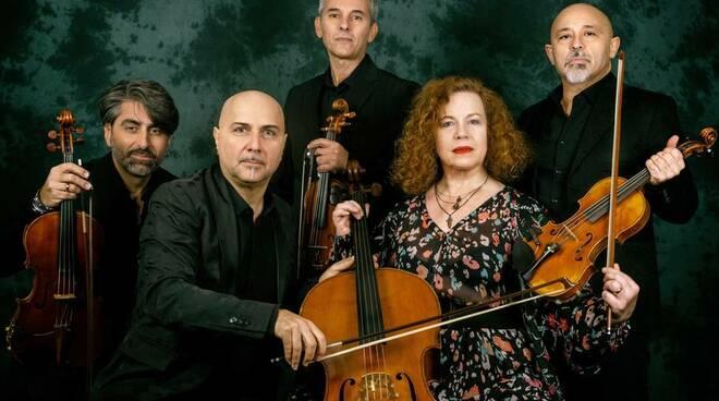 "\""Ho ucciso i Beatles\"" di Stefano Valanzuolo con  Sarah Jane Morris & Solis String Quartet"