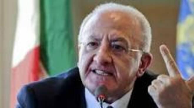 Deputato della Lega querela De Luca il governatore della Campania