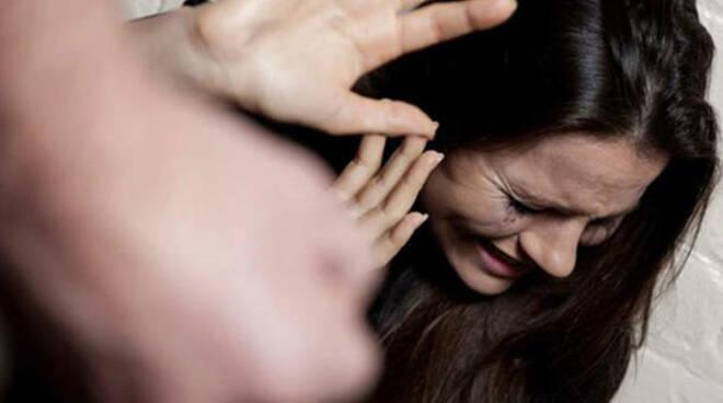 Aumento dei casi di femmicidi secondo report del servizio analisi criminale