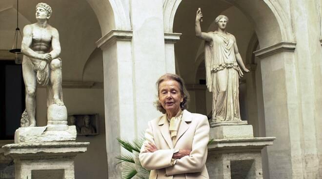 Ricordando Donna Giulia Maria Crespi e la Baia in fondo al sentiero