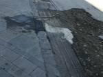 Donna finisce in ospedale a causa del manto stradale malmesso sul Corso Italia