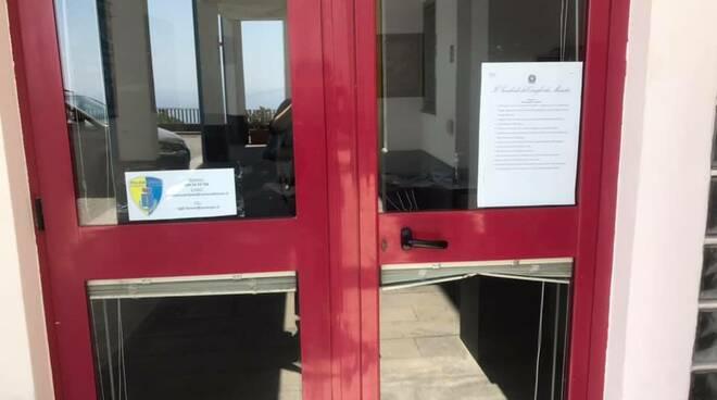 furore antonella marchese impedito ingresso uffici