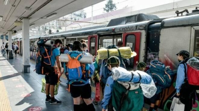 La Campania senza treni né mare