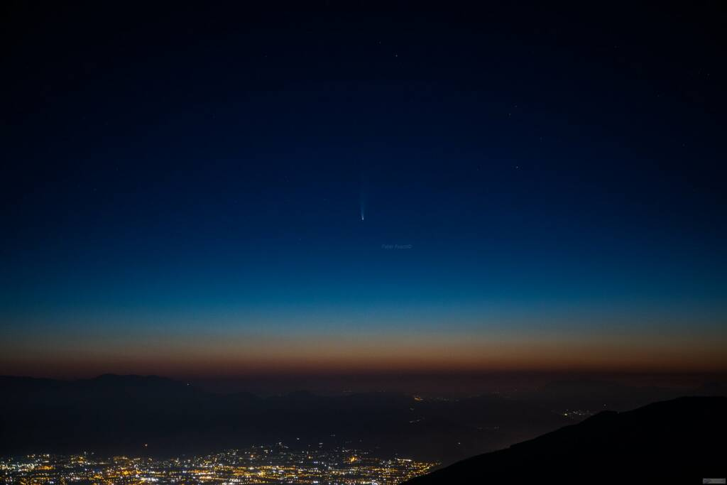 La Cometa vista dal Faito le foto di Fabio Fusco