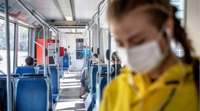 mascherine obbligatorie treni e pullman