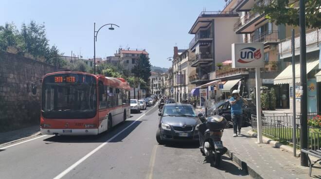 Meta. Guasto ad un bus EAV: caos sul Corso Italia verso Piano di Sorrento