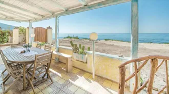 Turismo. A Salerno si preferisce tenere sfitte le case al mare a causa del Covid