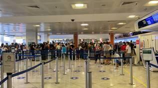 aeroporto napoli caos