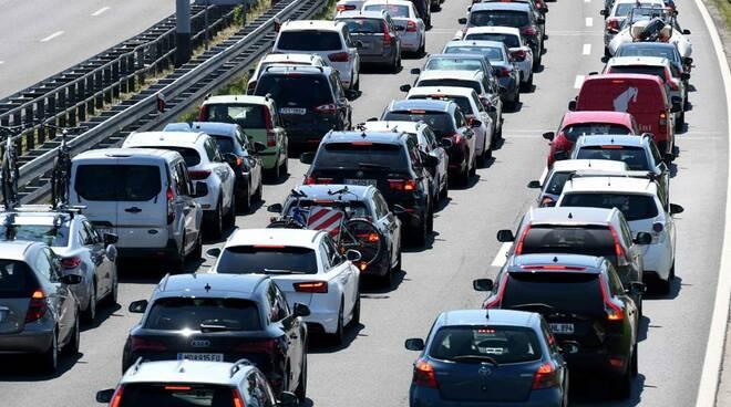 Al via l'ecobonus auto: 3mila domande in sole due ore. Come fare per ottenerlo
