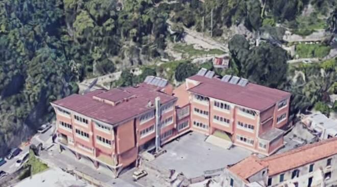 Amalfi, al via il bando per la progettazione della messa in sicurezza della scuola di Via Casamare