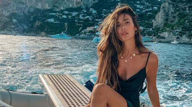 Capri. Vacanza sull'isola azzurra per la modella spagnola Ana Moya