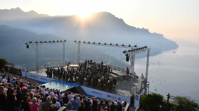 Il Concerto all'alba di Ravello quest'anno parla spagnolo: ecco l'evento più atteso dell'anno