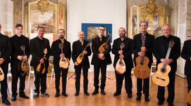 mandoliniamo