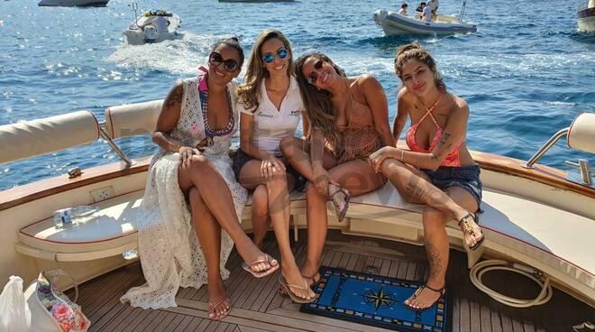 positano anitta tour barca bluestar that's amore