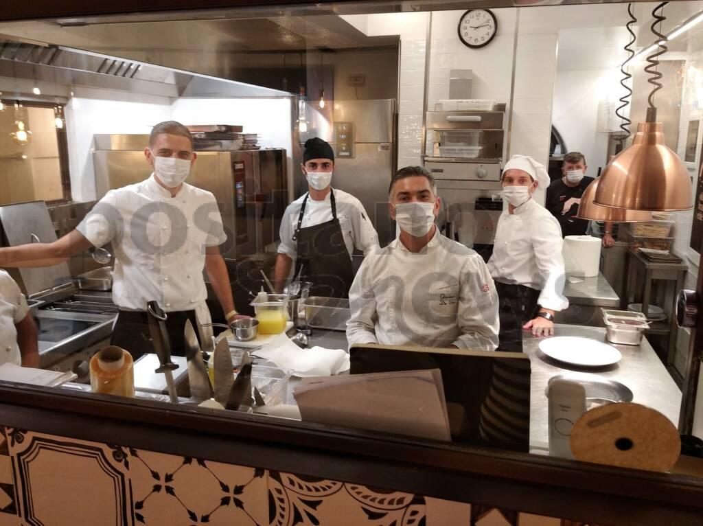 Positano, lo staff e i piatti di Ohimà Brasserie