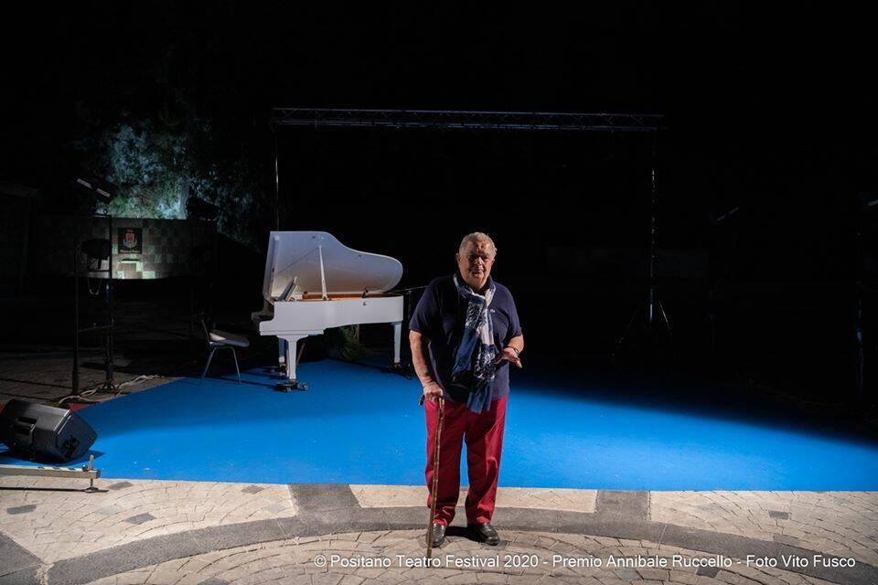 """Positano Teatro Festival, """"L'arte di Bonì"""" per l'ultima serata e il premio ai fratelli Russo"""
