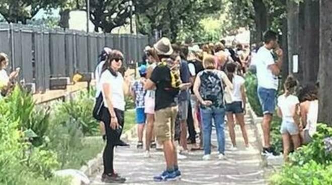 Scavi di Pompei, ressa agli ingressi: turisti in fila sotto il sole per ore