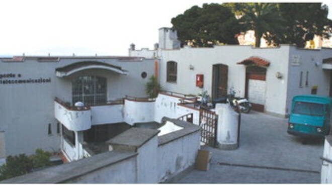 Capri, svolta per l'ufficio postale: stop all'apertura part-time