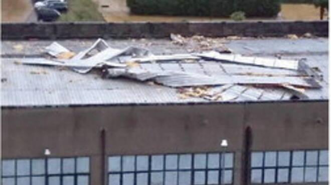 Cava de' Tirreni. Danni al tetto, chiusa la scuola a Santa Lucia