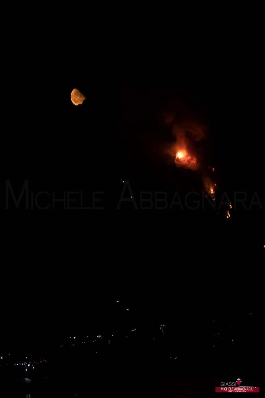 Maiori incendio luna