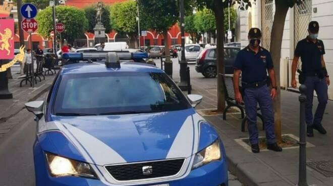Nocera: tentato omicidio di un cittadino indiano in un MONEY TRANSFER,  arrestato l'autore dalla Polizia di Stato