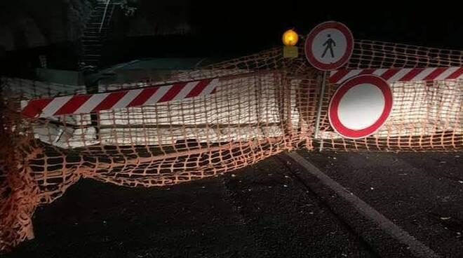 Praiano strada chiusa di notte