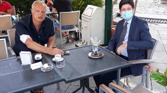 Ravello, il Ministro Speranza al bar S. Domingo insieme ad Antonio Scurati