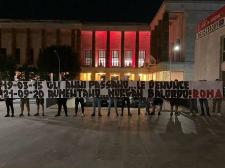 rivolta tifosi roma