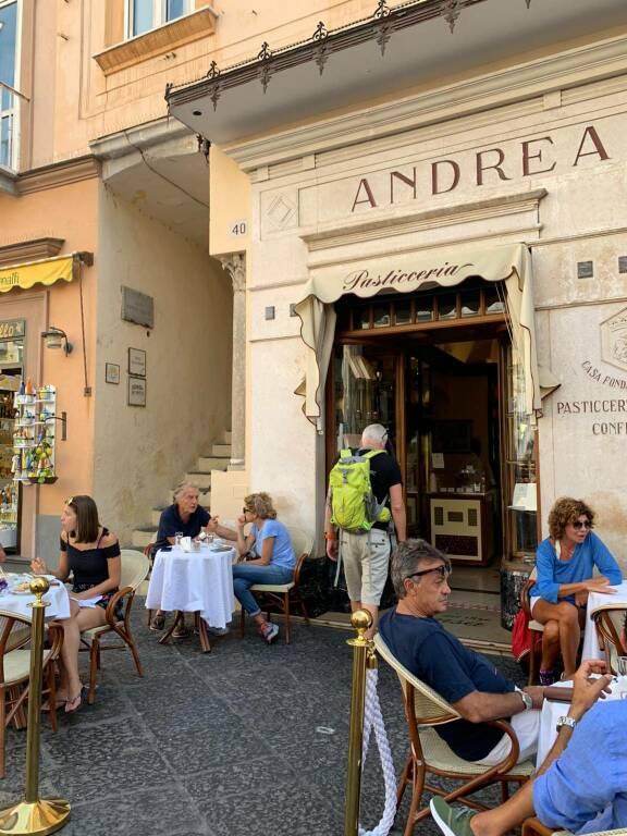 Vacanze in Costiera Amalfitana anche a fine estate: Montezemolo da Positano ad Amalfi