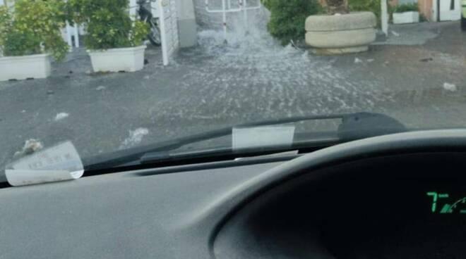 Vico Equense. Enorme rottura di condotta idrica, l'intera penisola sorrentina rischia di rimanere senz'acqua