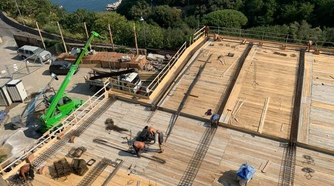 """Vico Equense. Franco Cuomo: """"Permessi per costruire quando l'opera è già quasi finita"""""""