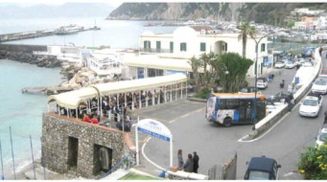 Capri, trasporti. Patto in Regione: confermati gli orari invernali