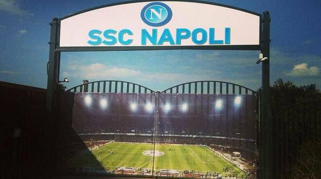 Juve-Napoli, ultime Sky: Il Napoli resta a casa, domami tamponi e poi a Castel Volturno.