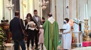 Positano. Gioia per il battesimo di Irene: auguri ad Elena ed Antonio