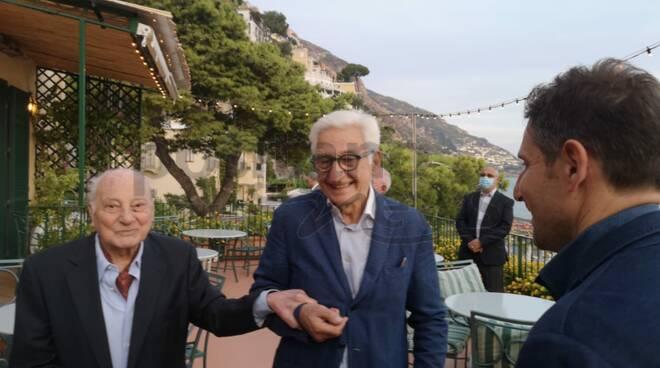 Positano. Il saluto del sindaco Giuseppe Guida allo scrittore Raffaele La Capria
