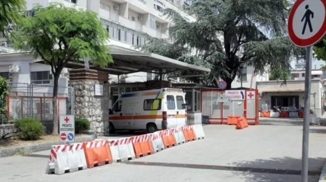 pronto soccorso ospedale san leonardo castellammare di stabia